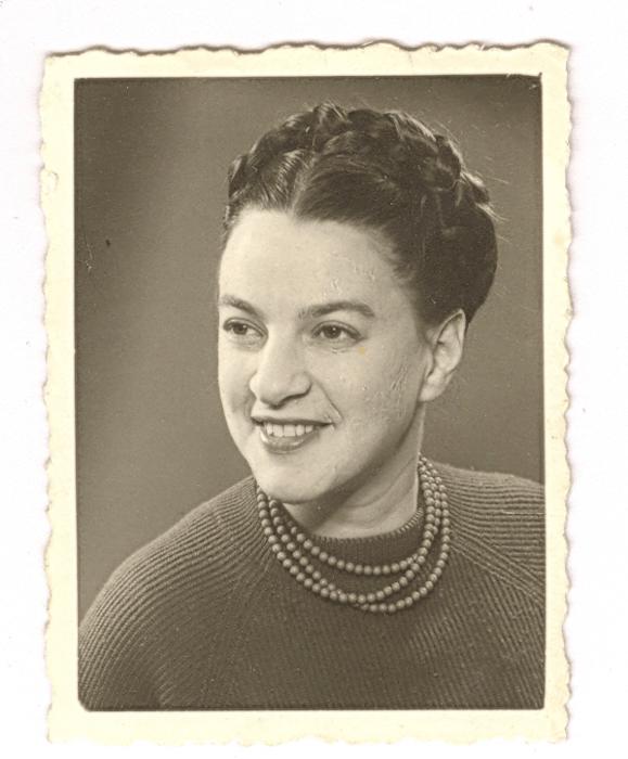 1963. Loeka gefotografeerd door oom Bep