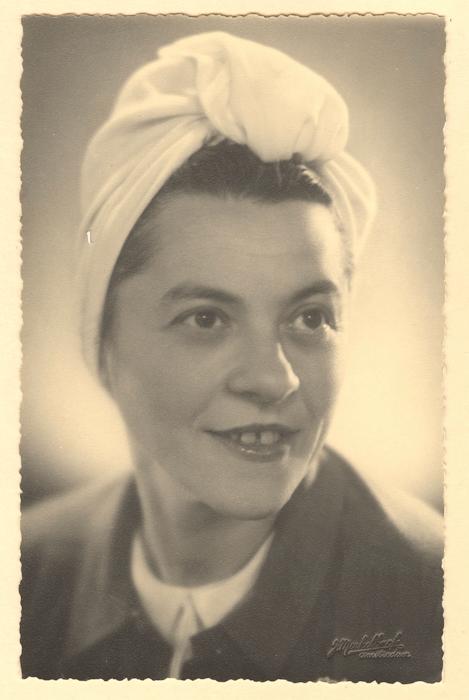 1946. Helma geforografeerd door J. Merkelbach